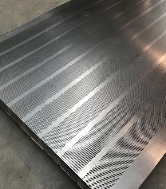 Dierovaný plech 1250x1720 polia 9x - MetalProdukt.sk